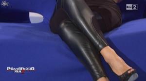 Guendalina Canessa dans Pomeriggio Sul Due - 19/10/10 - 11
