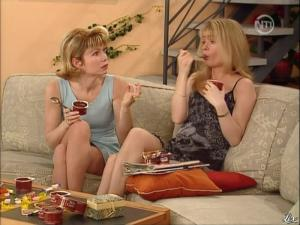 Karen Cheryl et Marie Chevalier dans les Nouvelles Filles d'a Cote - 08/07/12 - 08