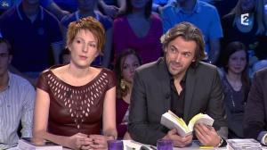 Natacha Polony dans On n'est pas Couché - 03/11/12 - 07