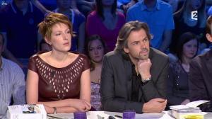 Natacha Polony dans On n'est pas Couché - 03/11/12 - 09