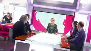 Sophie Davant dans C est au Programme - 21/11/12 - 012