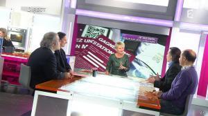 Sophie Davant dans C est au Programme - 21/11/12 - 040