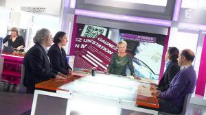 Sophie Davant dans C est au Programme - 21/11/12 - 049