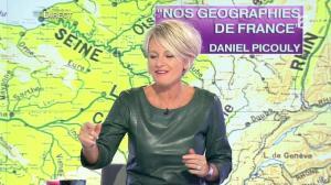 Sophie Davant dans C est au Programme - 21/11/12 - 072
