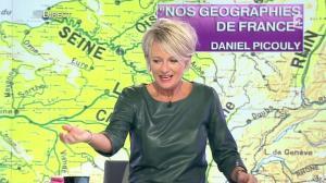 Sophie Davant dans C est au Programme - 21/11/12 - 076