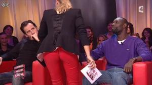 Stéphanie Renouvin dans Certains l Aiment Show - 09/11/10 - 03