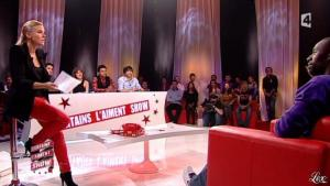 Stéphanie Renouvin dans Certains l Aiment Show - 09/11/10 - 09