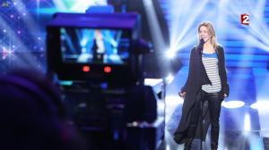 Véronic Dicaire dans le Grand Show vu des Coulisses - 04/01/13 - 002