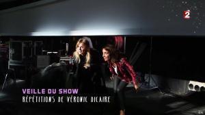 Virginie Guilhaume et Véronic Dicaire dans le Grand Show vu des Coulisses - 04/01/13 - 016