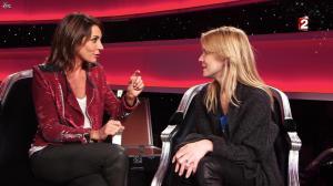 Virginie Guilhaume et Véronic Dicaire dans le Grand Show vu des Coulisses - 04/01/13 - 052