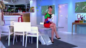 Alessandra Sublet dans C à Vous - 10/12/13 - 01