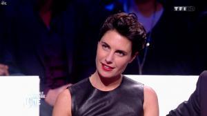 Alessandra Sublet dans l'Incroyable Anniversaire de Line - 28/12/13 - 09