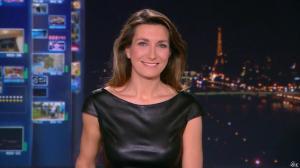 Anne Claire Coudray au JT de 20h - 22/12/13 - 01