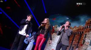 Camille Lou dans NRJ Music Awards - 14/12/13 - 06