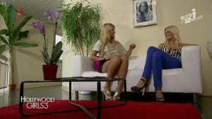 Caroline Receveur et Marine Boudou dans Hollywood Girls - 24/11/13 - 03