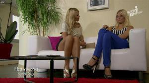 Caroline Receveur et Marine Boudou dans Hollywood Girls - 24/11/13 - 04