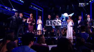 Elodie Frégé et Joyce Jonathan dans NRJ Music Awards - 14/12/13 - 06