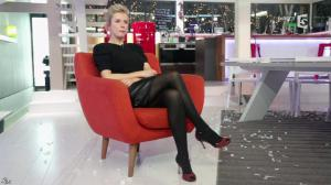 Karin Viard dans C à Vous - 15/01/14 - 01