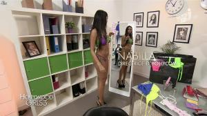 Nabilla Benattia dans Hollywood Girls - 05/12/13 - 09