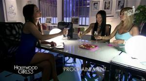 Nabilla Benattia, Shauna Sand et Laura Coll dans Hollywood Girls - 26/11/13 - 02