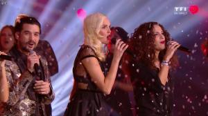 Elisa Tovati et Camille Lou dans NRJ Music Awards - 13/12/14 - 06