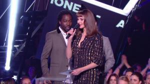 Frédérique Bel dans NRJ Music Awards - 13/12/14 - 01