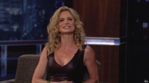 Kyra Sedgwick dans Jimmy Kimmel Live - 24/08/12 - 44