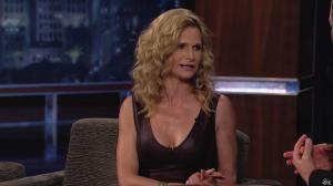 Kyra Sedgwick dans Jimmy Kimmel Live - 24/08/12 - 65