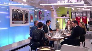 Alessandra Sublet et Céline Dion dans C à Vous - 28/11/12 - 53