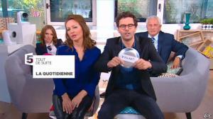 Valérie Durier dans la Quotidienne - 14/04/15 - 01