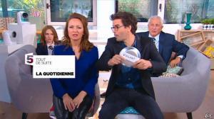 Valérie Durier dans la Quotidienne - 14/04/15 - 02