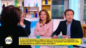 Valérie Durier dans la Quotidienne - 29/01/15 - 07