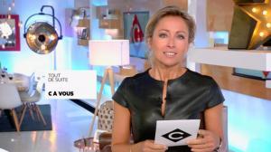 Anne-Sophie Lapix dans C à Vous - 04/11/16 - 01