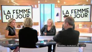 Anne-Sophie Lapix dans C à Vous - 04/11/16 - 07