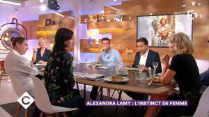 Alexandra Lamy dans C à Vous - 13/11/17 - 06