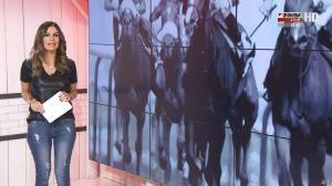 Amélie Bitoun dans un Jour aux Courses - 10/10/17 - 02