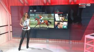Amélie Bitoun dans un Jour aux Courses - 24/04/17 - 04