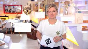 Anne-Elisabeth Lemoine dans C à Vous - 19/01/18 - 01