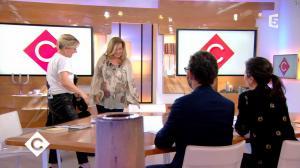 Anne-Elisabeth Lemoine dans C à Vous - 19/01/18 - 03