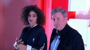 Camelia Jordana dans Vivement Dimanche - 12/11/17 - 01