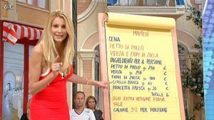 Adriana Volpe dans I Fatti Vostri - 04/10/11 - 08