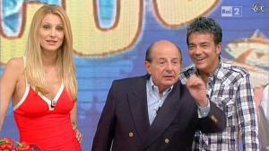 Adriana Volpe dans I Fatti Vostri - 04/10/11 - 09
