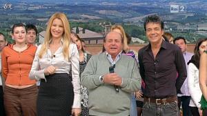 Adriana Volpe dans I Fatti Vostri - 16/12/11 - 04