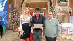Adriana Volpe dans I Fatti Vostri - 16/12/11 - 08