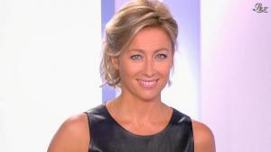 Anne-Sophie Lapix dans Dimanche Plus - 02/10/11 - 01