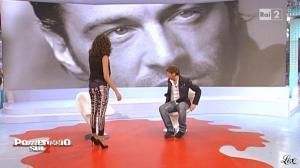 Caterina Balivo dans Pomeriggio sul Due - 23/11/10 - 03
