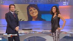 Caterina Balivo dans Pomeriggio sul Due - 23/11/10 - 04