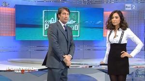 Caterina Balivo dans Pomeriggio sul Due - 30/11/10 - 02