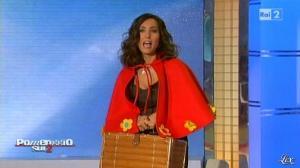 Caterina Ballivo dans Pomeriggio Sul Due - 12/11/10 - 06