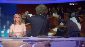 Laurence Ferrari au JT de 20h - 08/12/11 - 05